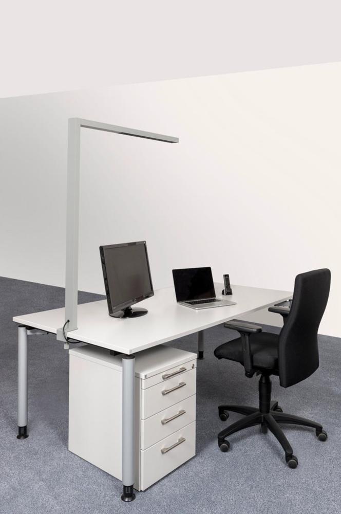 LEDAXO LED-Arbeitsplatzleuchte AL-08 Anwendungsbeispiel