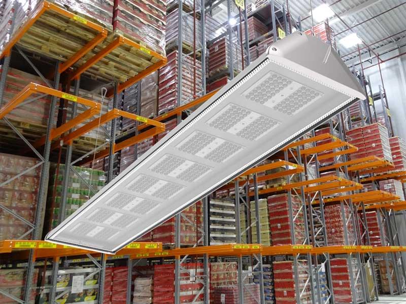 Neue LEDAXO LED-Hallenleuchte HL-06 mit glattem Alu-Leuchtengehäuse